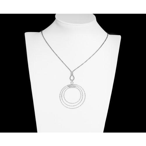 Vékony ezüst nyaklánc kígyómintás karika medállal
